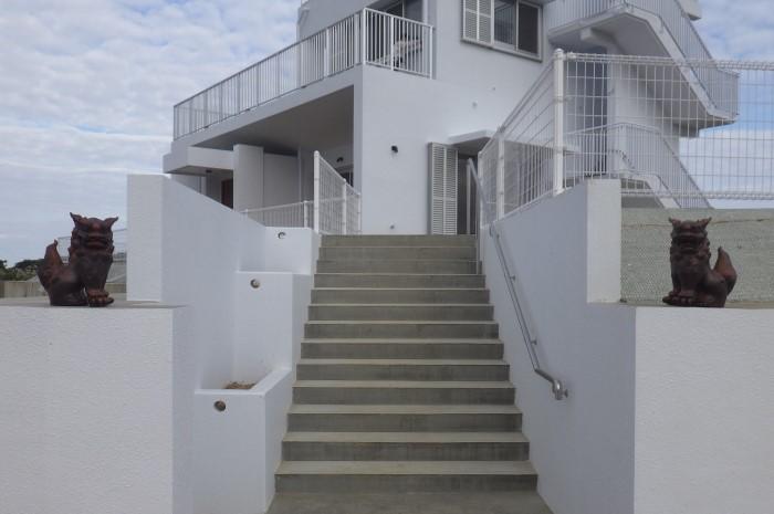 外観 二階建住宅 外玄関